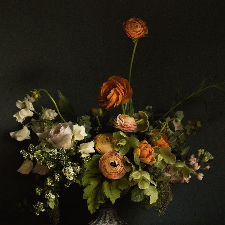 This one marks the end of ranunculus season. Hashtag sadface.  #rubyandthewolf #weddingflowers #dsfloral #orange #ranunculus