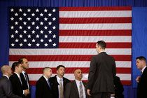 With the New York Presidential Primary, the Circus Is Coming Home - The New York Times