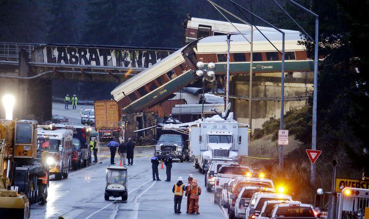 Amtrak Engineer Didn't Hit The Emergency Brake Before