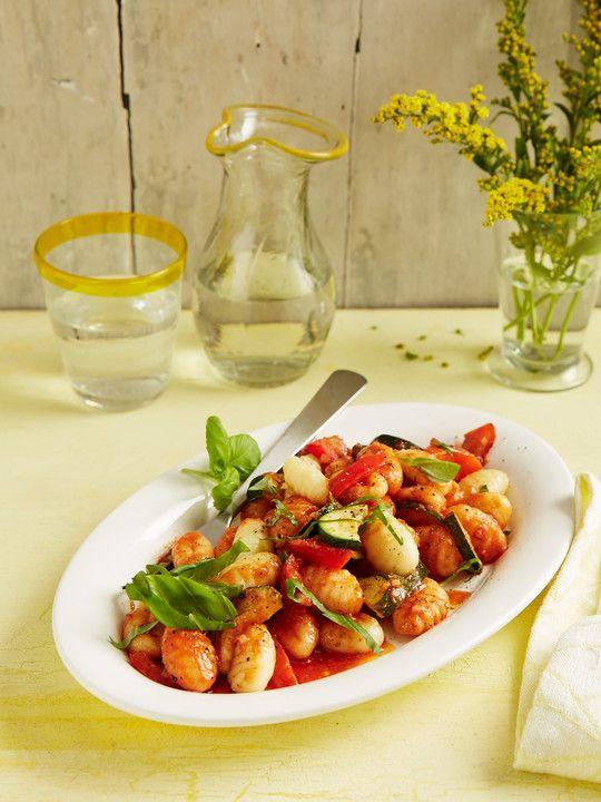 Gnocchi - Salat, ein schmackhaftes Rezept aus der Kategorie Gemüse. Bewertungen: 298. Durchschnitt: Ø 4,4.