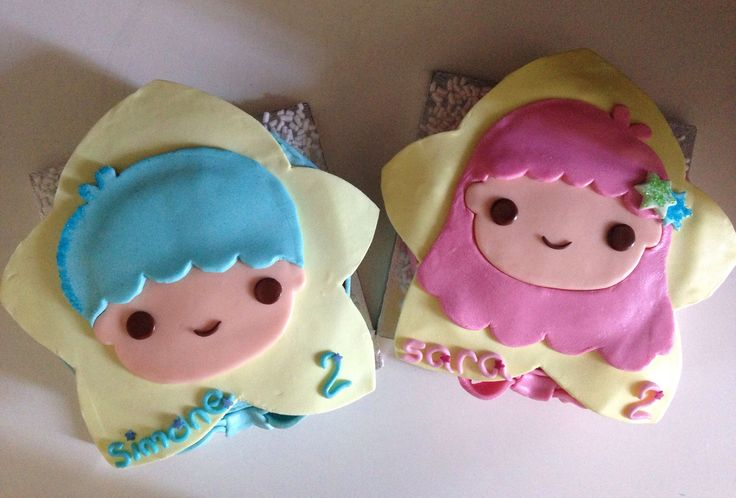 Little Twin Stars Cakes!  Handmade for 2 little twins, with sugarpaste!