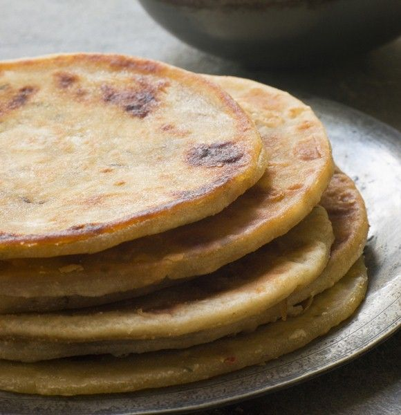 Taking a stab at cooking curry? Make sure to complement your dish with a perfectly precious paratha.