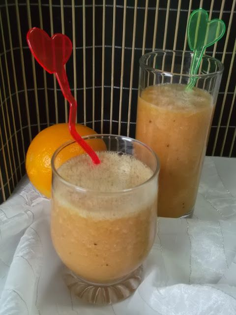 Hellena  ...din bucataria mea...: Smoothie tropical
