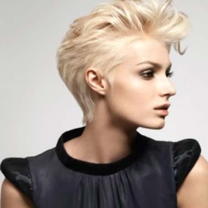 Top Tips To Maintain Chic Hairdos For Short Hair