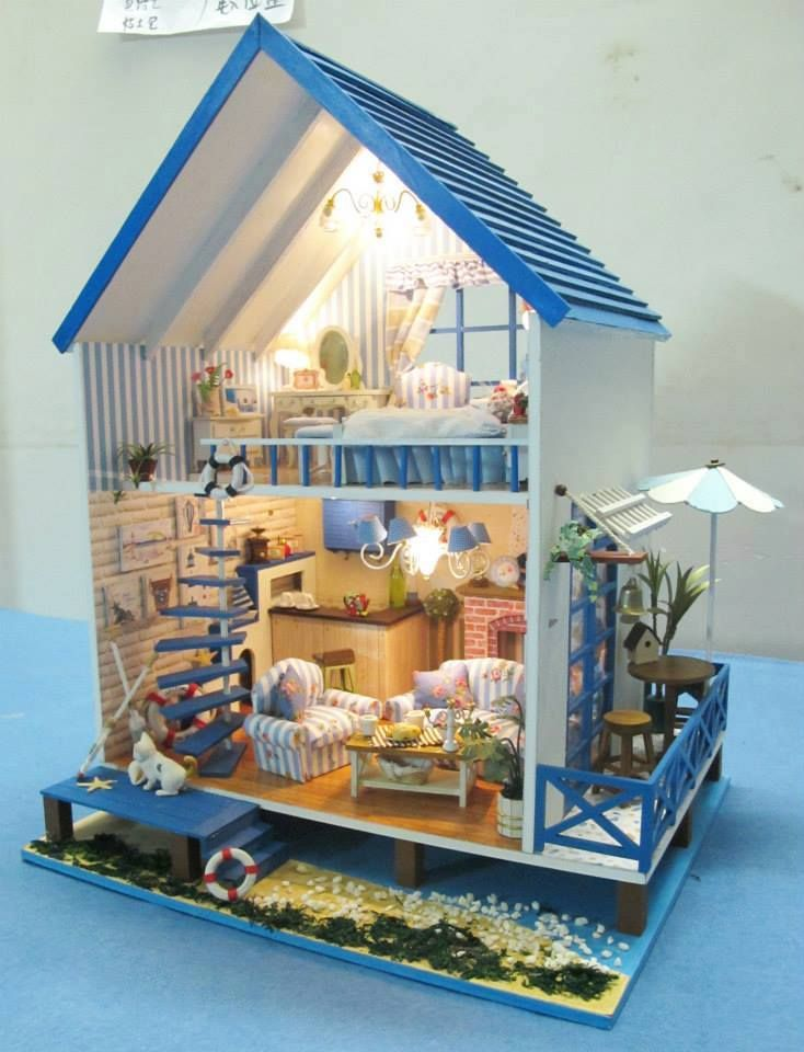 Miniature beach doll house. (The staircase is so clever RM)