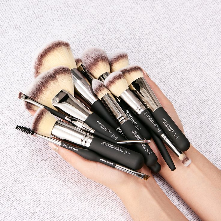Great brushes give you great-looking skin! Your IT Cosmetics Heavenly Luxe Brushes are designed to do the work for you, giving you flawlessly airbrushed results every time!
