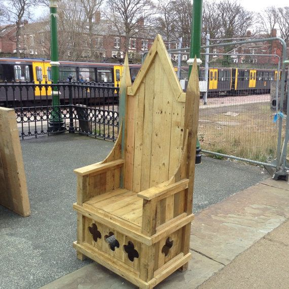 Throne made from 100 reclaimed timber including recycled for Diy king throne chair