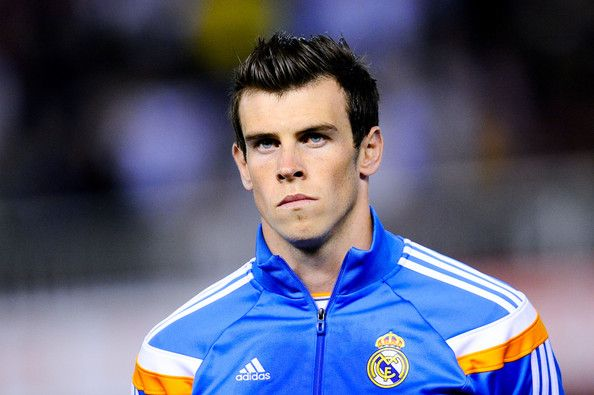 Gareth Bale of Real Madrid CF looks on prior to the Copa del Rey Final between Real Madrid and FC Barcelona at Estadio Mestalla on April 16, 2014 in Valencia, Spain.
