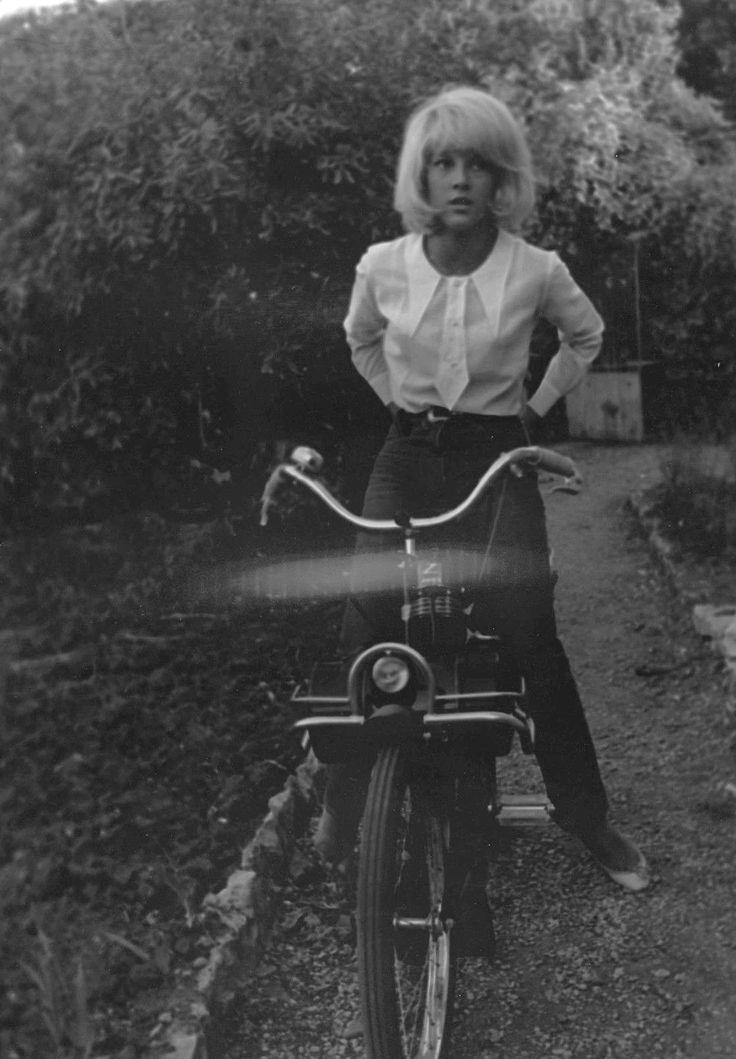 Sylvie VARTAN en 1969 par Patrick BERTRAND