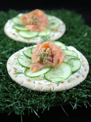 Tartine suédoise au saumon : Recette de Tartine suédoise au saumon - Marmiton