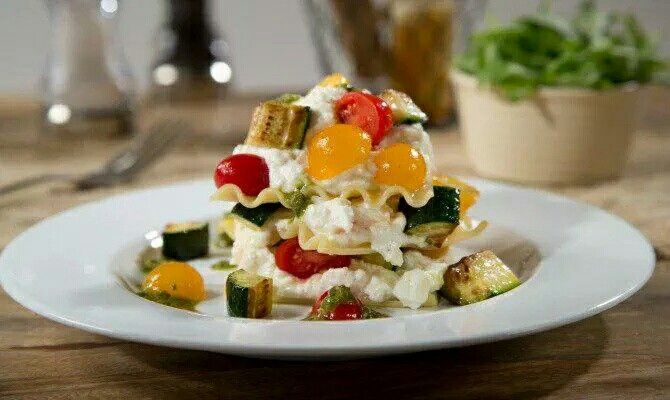 Barilla shares a lunch rec via The Daily Meal - cold, no-bake #lasagna. http://t.co/f8qiV4c7fg #recipe