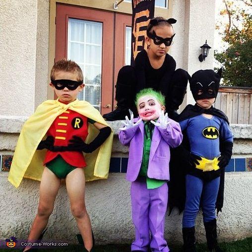 +Batman+Homemade+Costume+Tutorials+Are+Under+Catwoman+more+at+Recipins.com