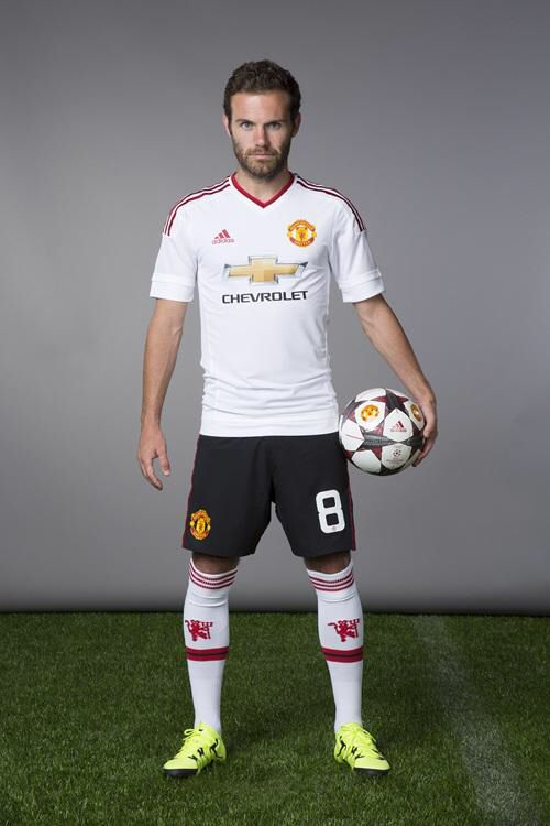 Manchester United 2015/16 away kit