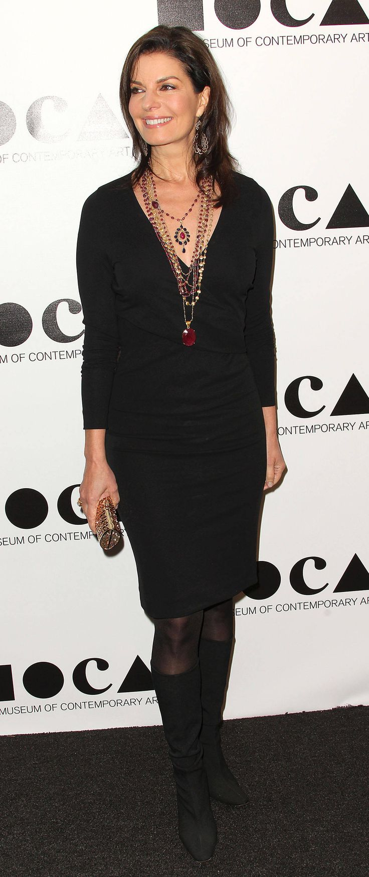Love Sela Ward's retro bohemian look with the #littleblackdress and layered #necklaces of various lengths.