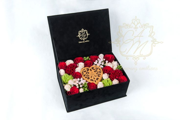 Flowers that express love Passion Flower box Luxury Flowers Luxury gift Godiva chocolate