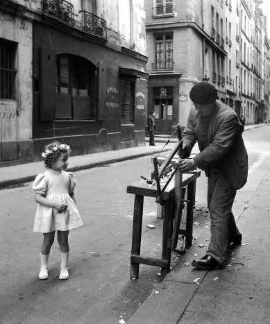 17 best images about imagens de outrora on pinterest robert doisneau paris and de la rue. Black Bedroom Furniture Sets. Home Design Ideas