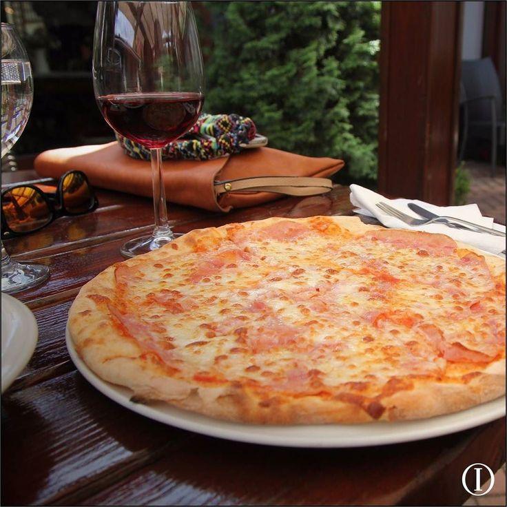 Hoy Jueves 2x1 en las mejores pizzas! Vení y por la compra una pizza te regalamos el otra de igual o menor valor. Te esperamos! #Pasta #Tiamomamma #Coméitalianissimo #2x1 #ITALIANISSIMO #Nicaragua Aplican condiciones y restricciones.