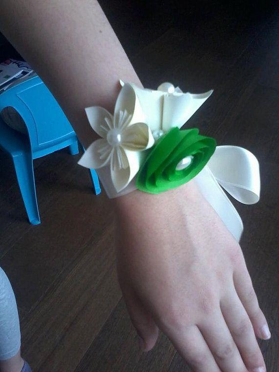 CORSAGE UOMO E DONNA kusudama origami paper carta di BOMBOSTEFY, €8.00