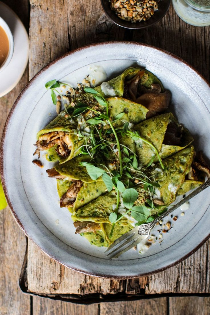 Spinach Crepes with Mushrooms, Basil Pesto & Tahini Dressing