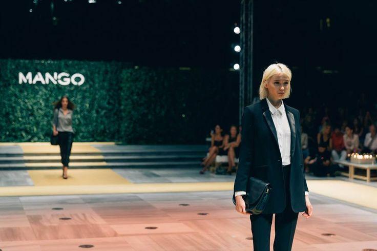 #mango #yvesrocher #fashionshow #supermodel