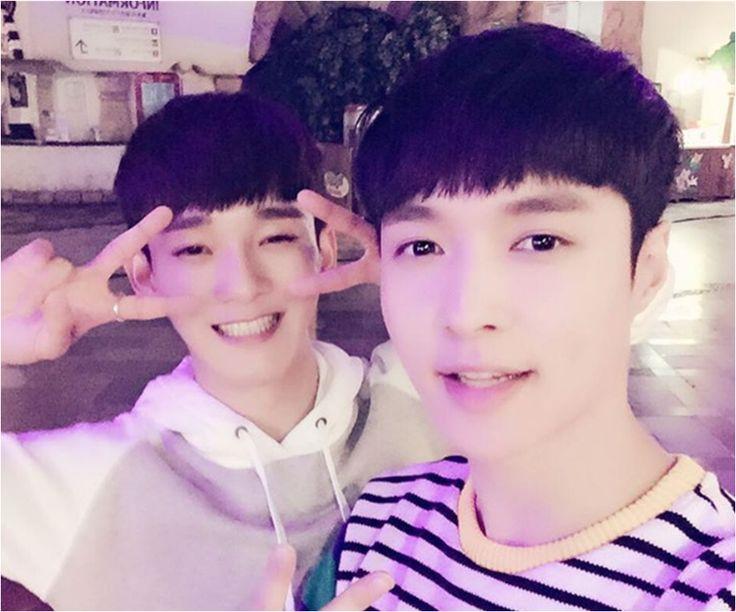 EXO news: Is Lay Secretly Gay? - http://www.gackhollywood.com/2016/11/exo-news-lay-secretly-gay/