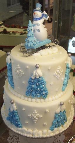 Cute BIG Christmas cake!                                                       …