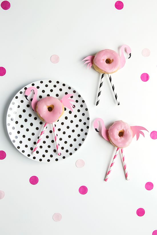 Traktatie: Flamingo Fun-donuts | mama&family