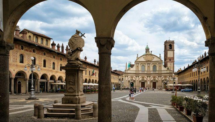 Piazza Ducale,Vigevano