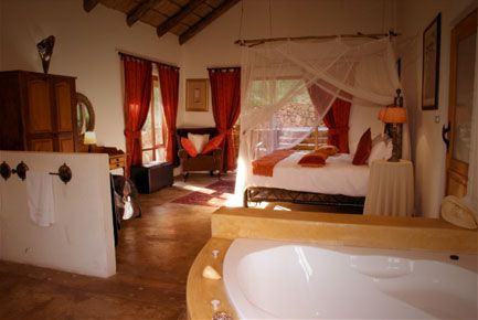 Phefumula Luxury Self Catering Cottages: romantic, secluded, decadent