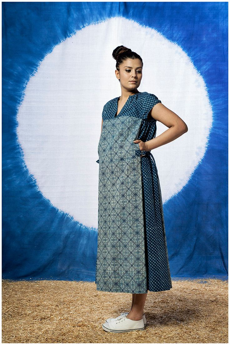 Indigo Adjustable Indigo Maxi Dress by FAYAKUN on Etsy Coni Hörler Photography