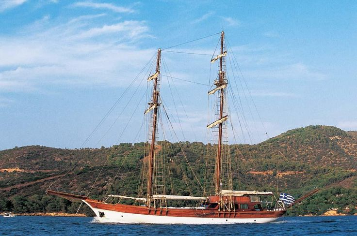 MATINA | Luxury Yacht Charters