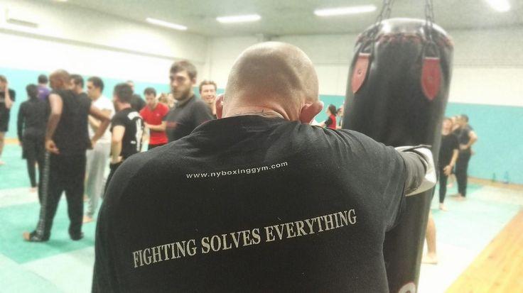 Unterwegs in einem Boxclub der Antifa