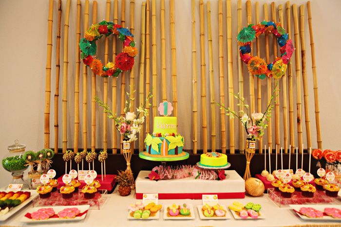 This is really cute...tonnes of pop colours all working it, awesome theme detailing on all the food. This is really superb styling.