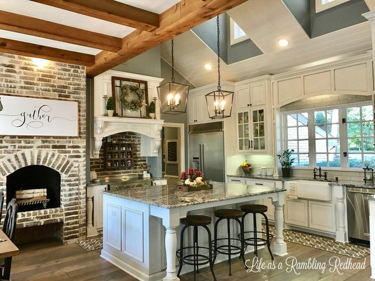 The 25 best rustic kitchens ideas on pinterest rustic for Cathedral ceiling kitchen designs