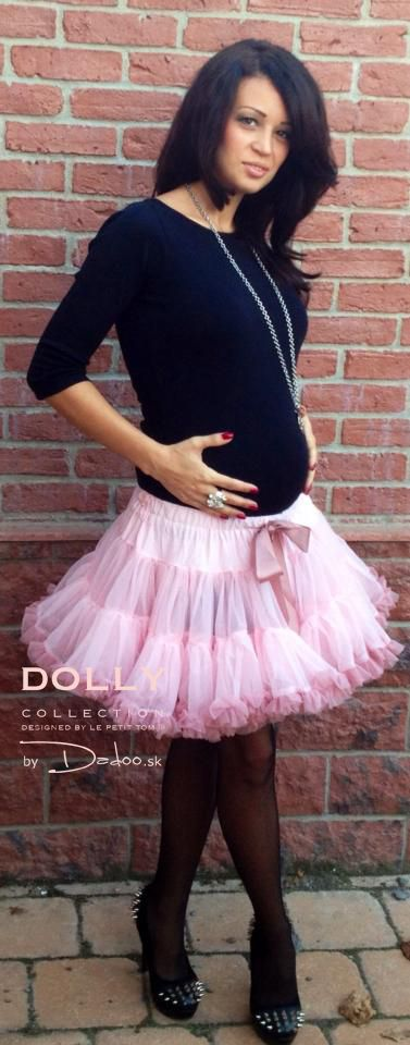 DOLLY skirt Isabella pink looks gorgeous also on pregnant woman :) Ready to have a little DOLLY!