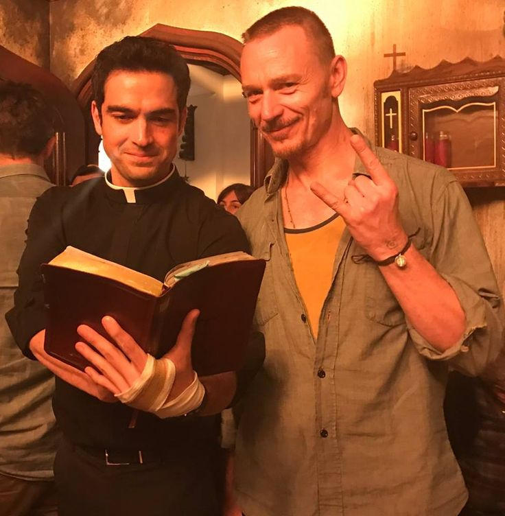 Alfonso Herrera and Ben Daniels <3 The exorcist serie