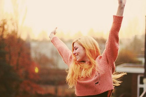 10 ways happy people choose happiness:)