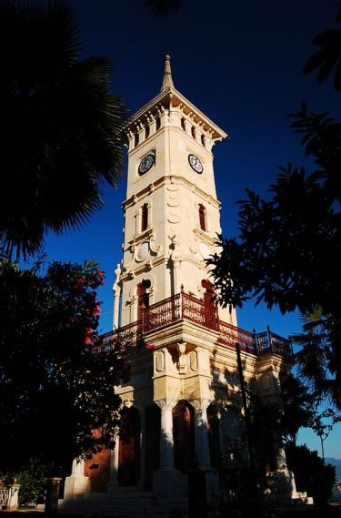 Saat kulesi Izmit (Kocaeli)