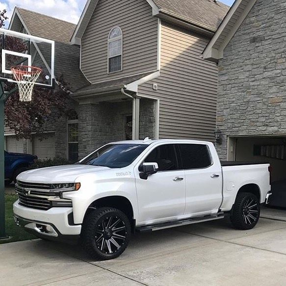 Jpcook C7 Z51 S 2019 Silverado With 2 Inch Moto Fab Level Front Rear Chevy Trucks Silverado 2019 Silverado Chevy Trucks