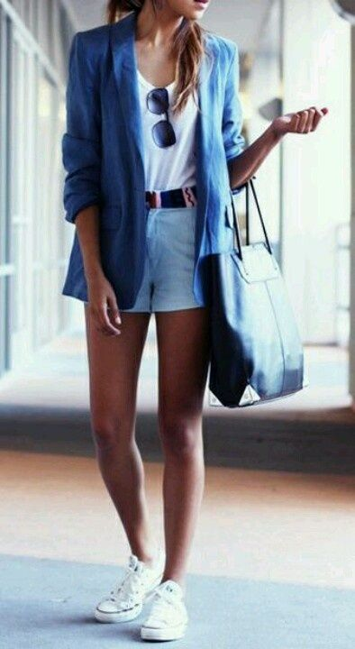 Chambray and white I am aiming for this look - if only I can find the white leather Keds in my size.....