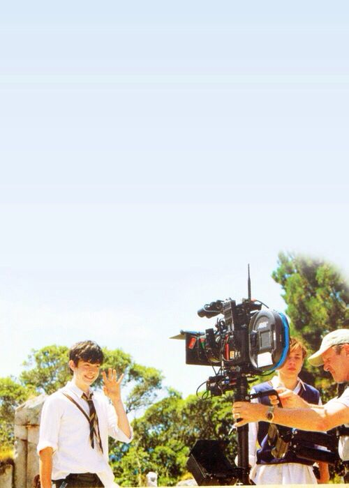 """Hiiii there camera!"" Gotta love Skandar!"