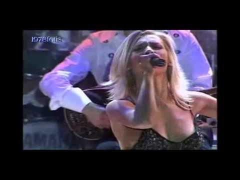 Πάολα - Εδώ Σε Θέλω Καρδιά Μου Live - YouTube