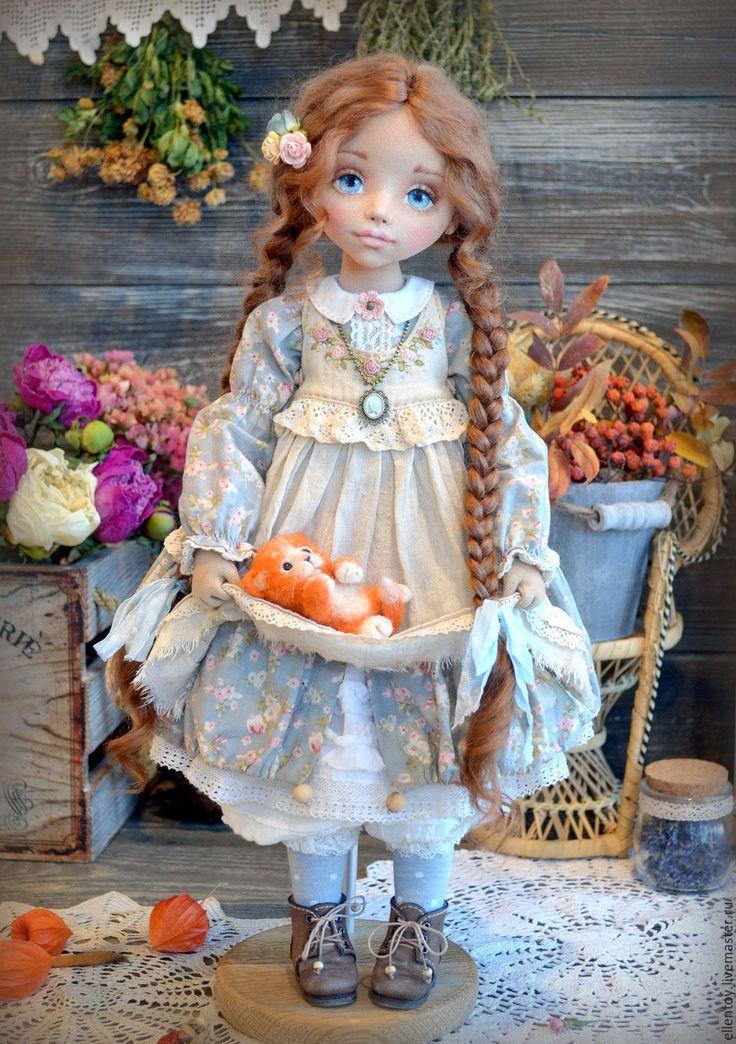 Купить Маруся и ее Рыжее Счастье, текстильная коллекционная авторская кукла - серый, серо-голубой
