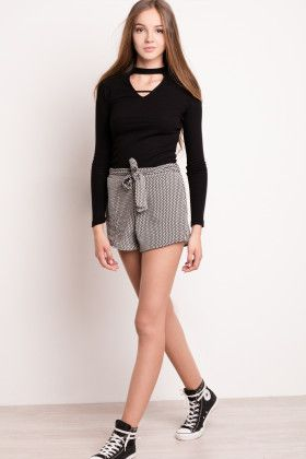 Front bow shorts