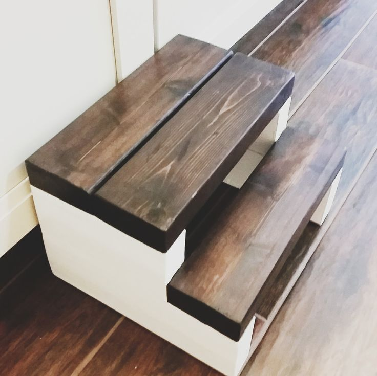 The Heart Comes Home: Step Stool made with ONE 2x4. So easy!!!!