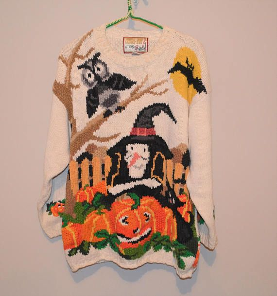 SALE.....Halloween Vintage Owl Witch and Pumpkin Sweater
