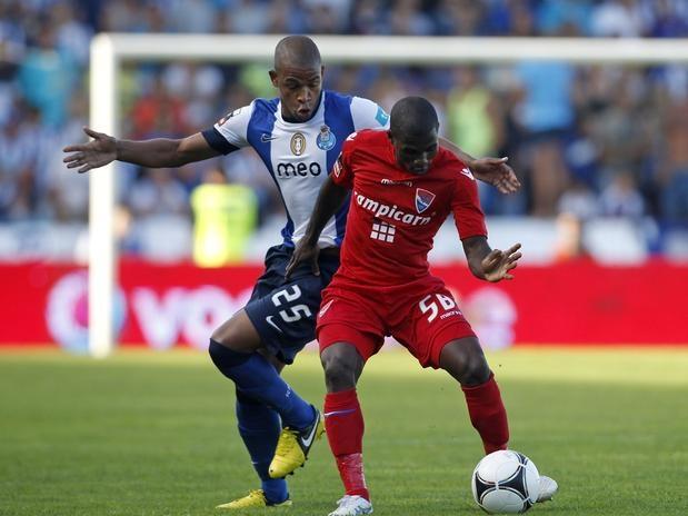a segunda rodada do Campeonato Português, o Porto recebe o Vitória de Guimarães no Estádio do Dragão, enquanto o Gil Vicente visita o Marítimo na cidade de Funchal  Foto: Reuters