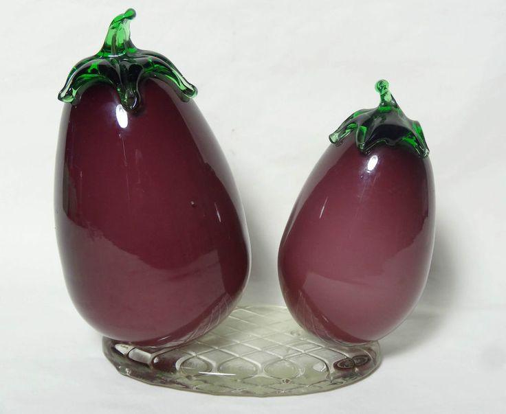 Vintage Art Glass Egg Plant Violet Purple Fruit Paperweight