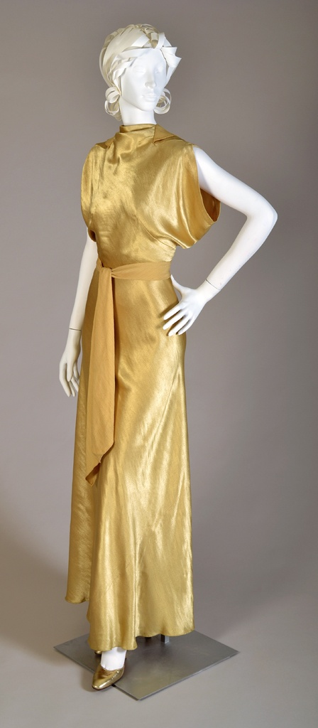 Gold rayon satin backed crepe evening dress, American, ca. 1935. #vintage #1930s #fashion