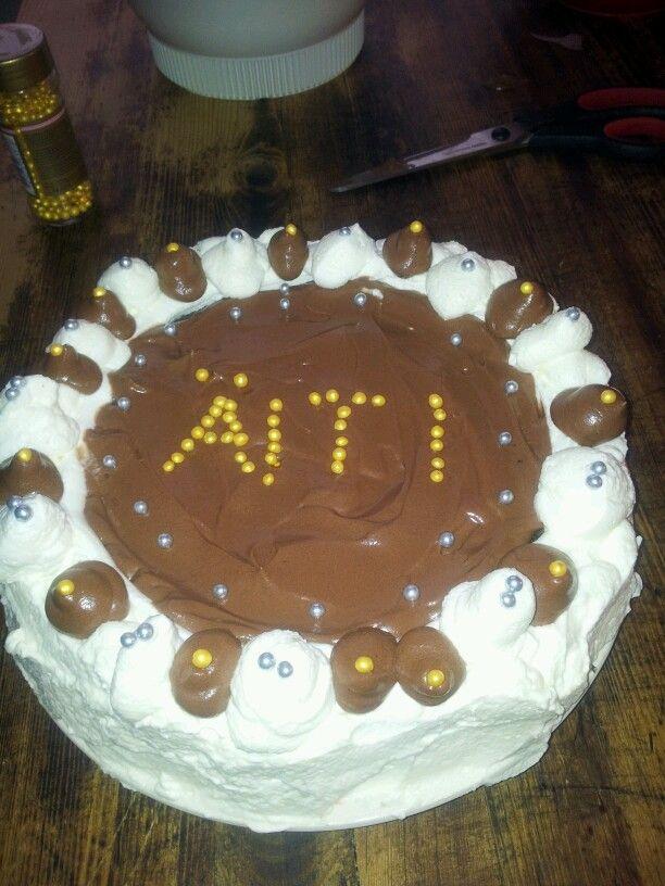 Äitienpäivä kakku 2014